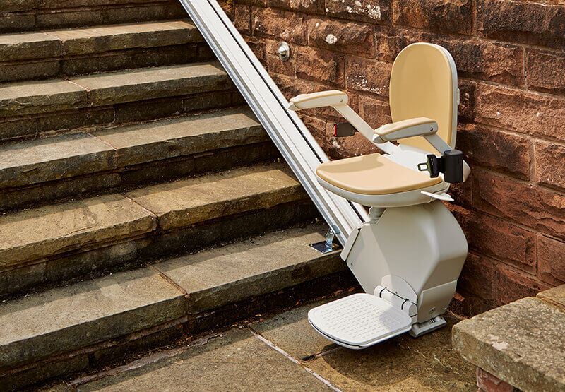 Image of Acorn Stairlift for outdoors
